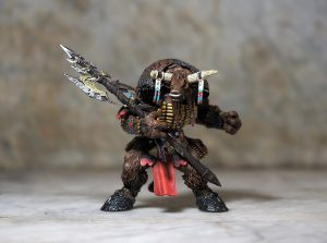 figurine warhammer tauren-shaman
