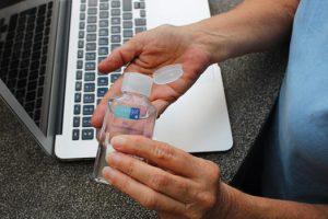 Solution hydro alcoolique tout ce qu'il faut savoir